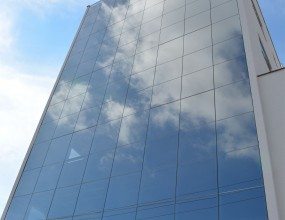 Alutech Soluções em Vidro e Alumínio - Ed. Comercial JB