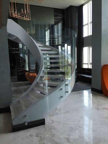 Vidraçaria Glória - Guarda Corpo em Escada